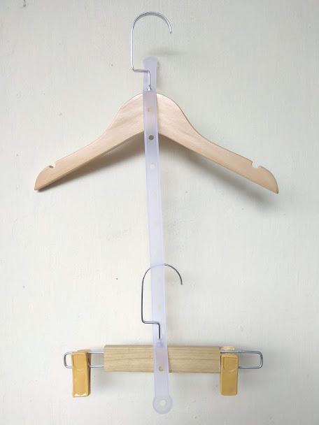 móc-treo-bộ-bằng-gỗ-cho-trẻ